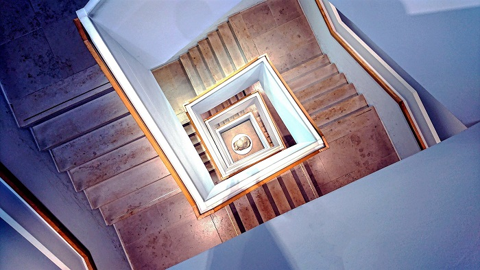 Betonove schody salovanie a stavba